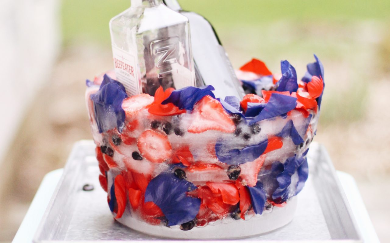 DIY 4th of July Ice Bucket